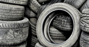 Choosing between tires