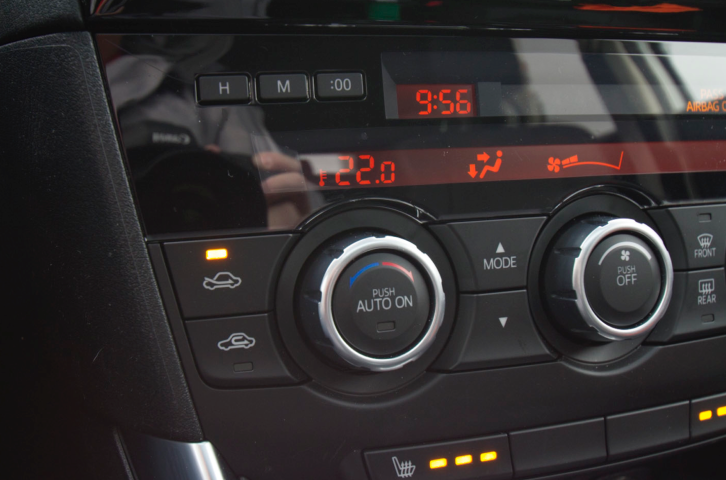 How to change your car's clock for Daylight Saving Time